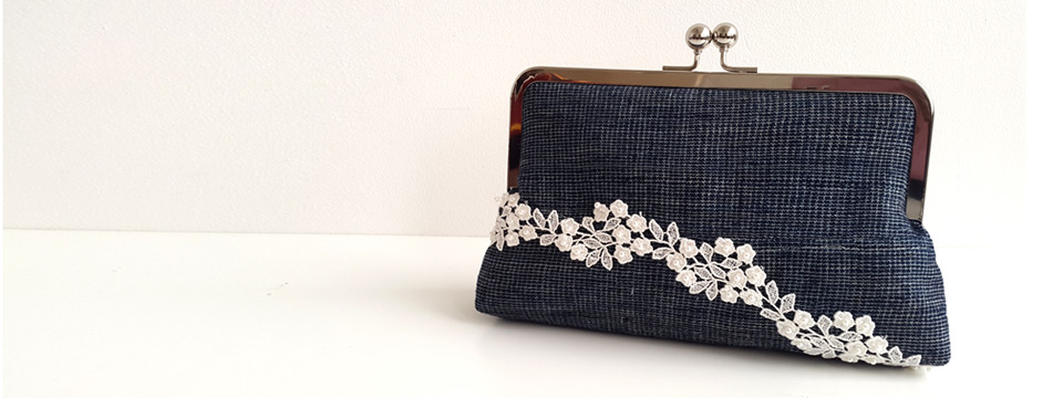 Etu and Lace minisnap clutch