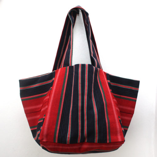 Strawberry-and-Blue-Cube-Tote
